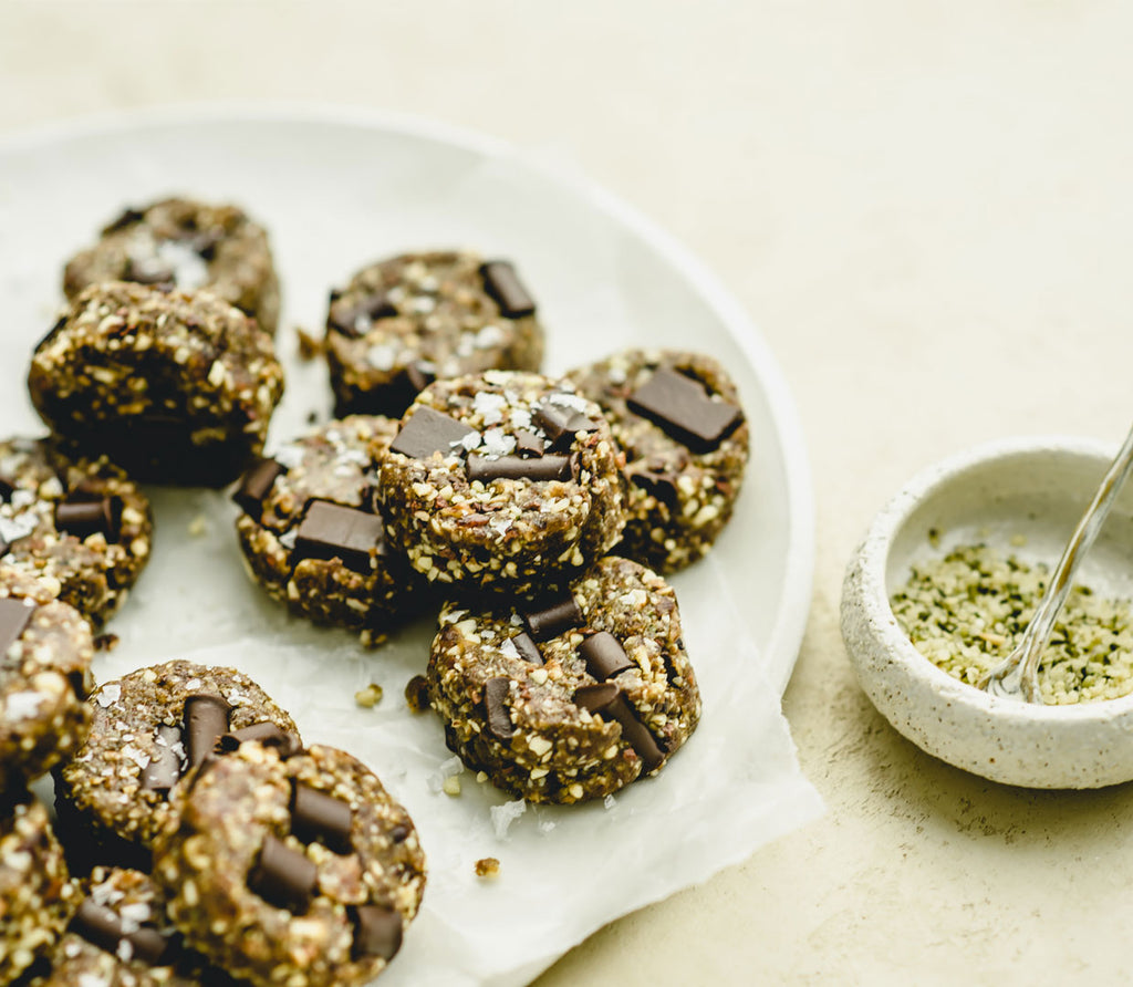 Superfood Energy Cookies with Greens
