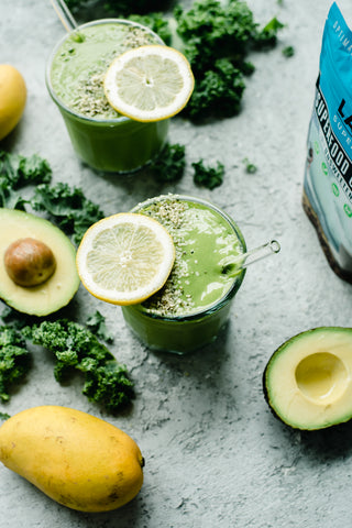 5 Minute Mango and Kale Smoothie