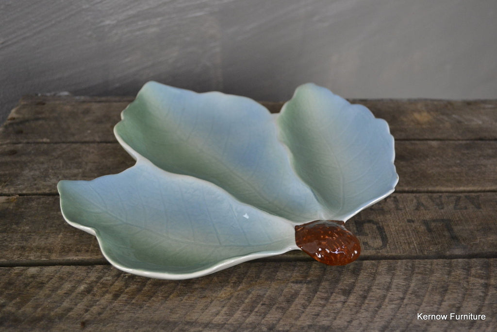 Royal Winton Leaf Dish - Kernow Furniture 100s vintage, retro & antique items in stock
