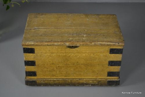Scumbled Antique Box - Kernow Furniture