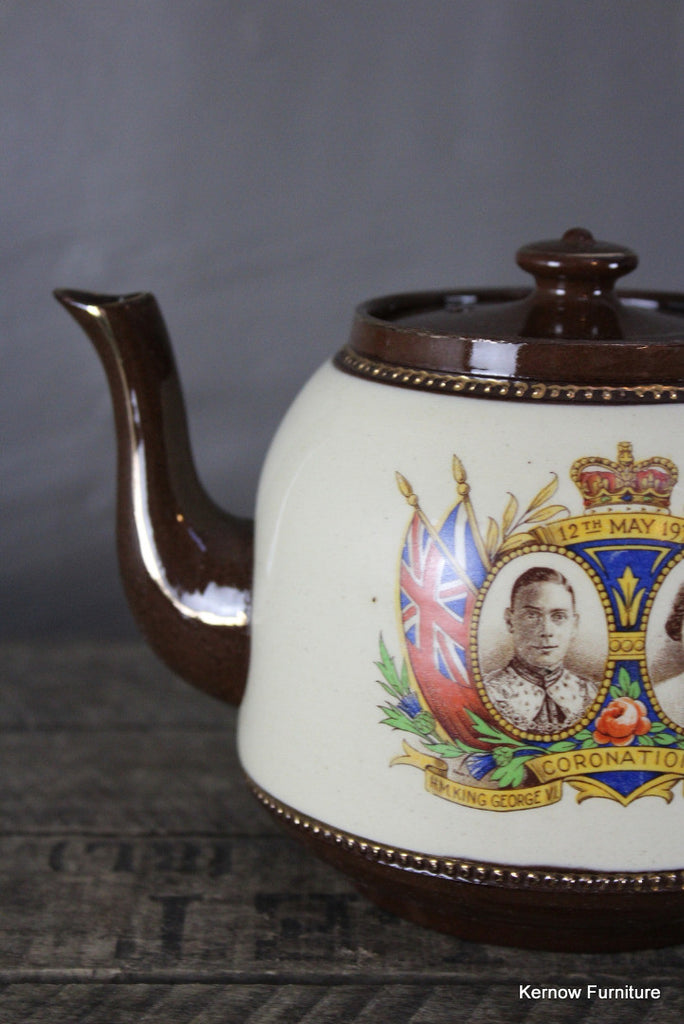 King George V Coronation Tea Pot - Kernow Furniture 100s vintage, retro & antique items in stock