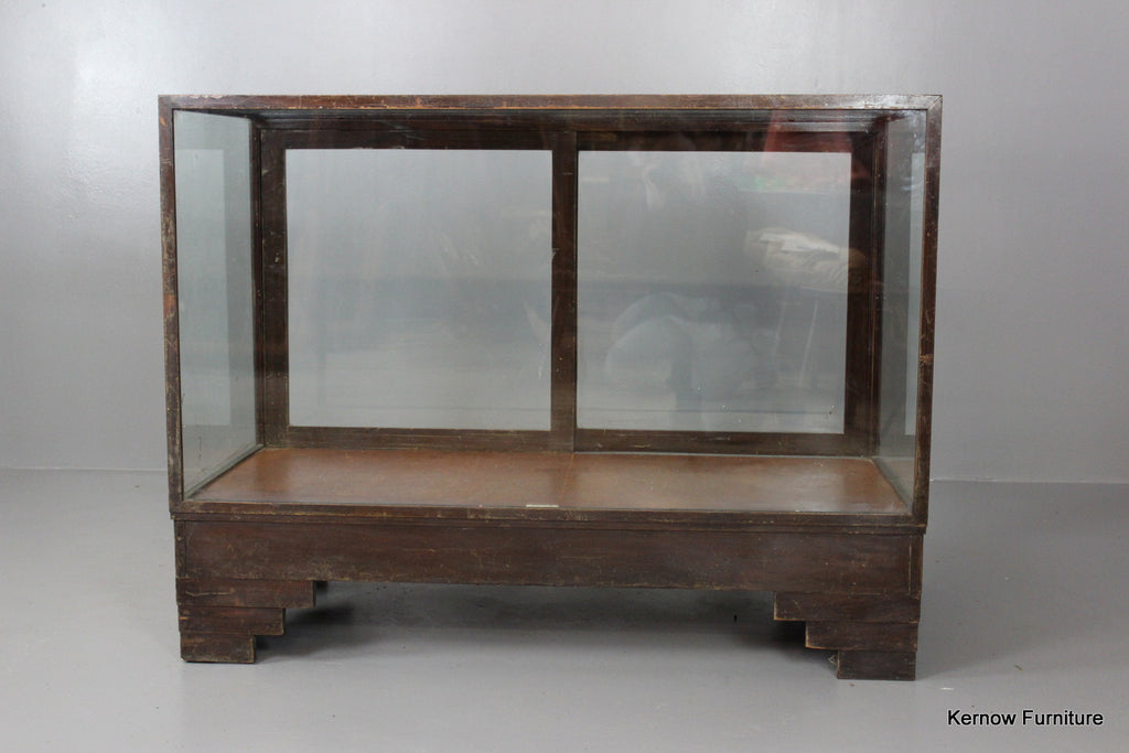 Small Glazed Shop Counter - Kernow Furniture