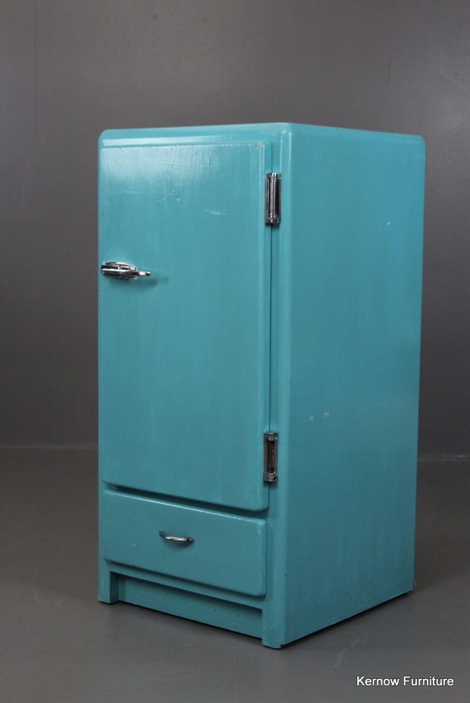Numaid Vintage Cupboard - Kernow Furniture