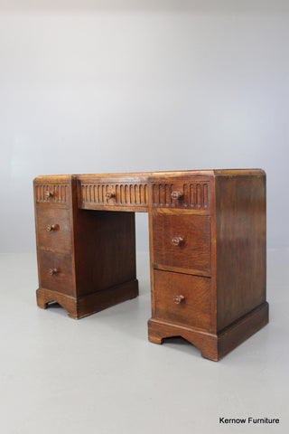Early 20th Century Oak Dressing Table