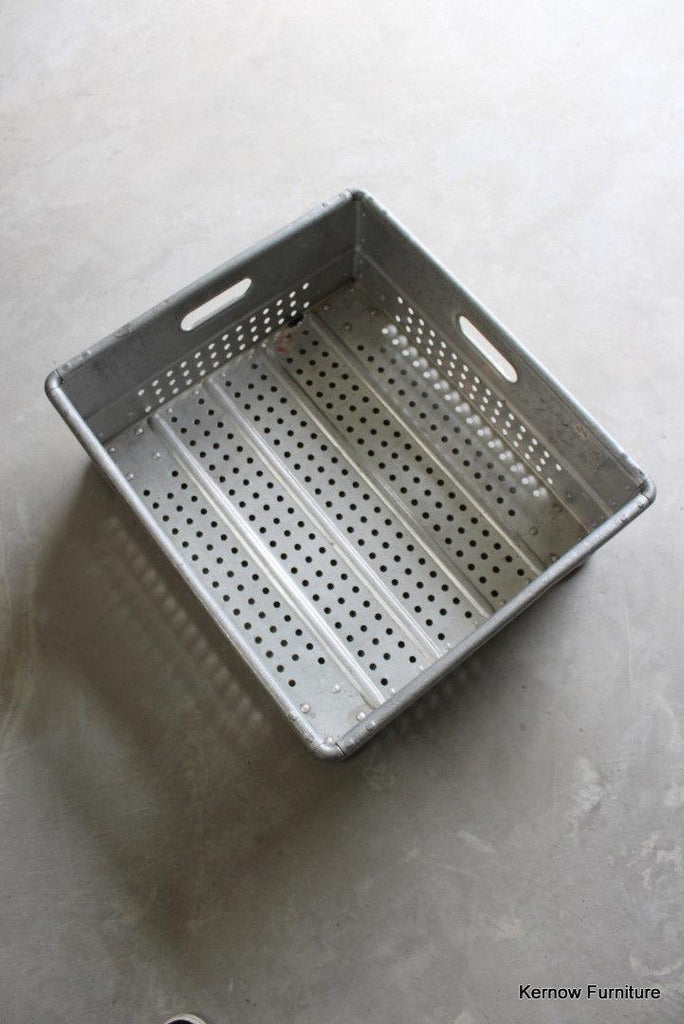 Aluminium Industrial Stacking Tray - Kernow Furniture