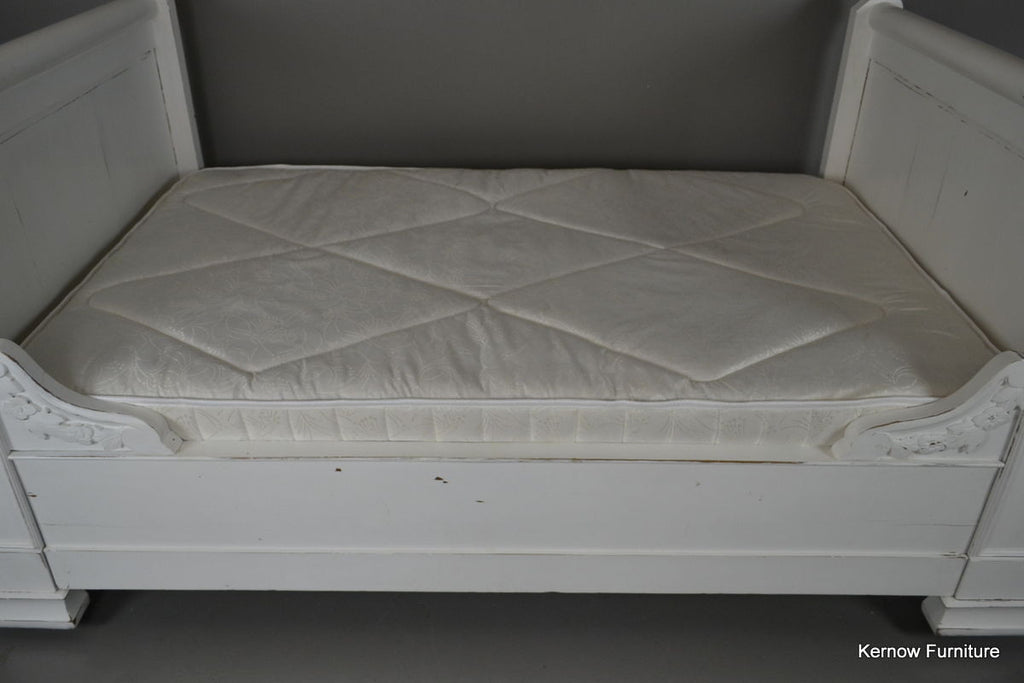 French White Painted Bed Lit En Bateau - Kernow Furniture