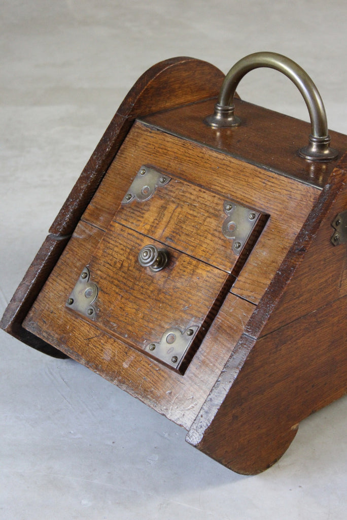 Victorian Oak Coal Scuttle