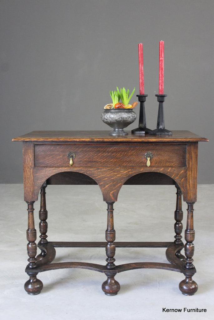 Queen Anne Style Oak Side Table - Kernow Furniture