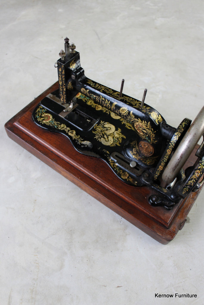 Singer Fiddle Base Sewing Machine