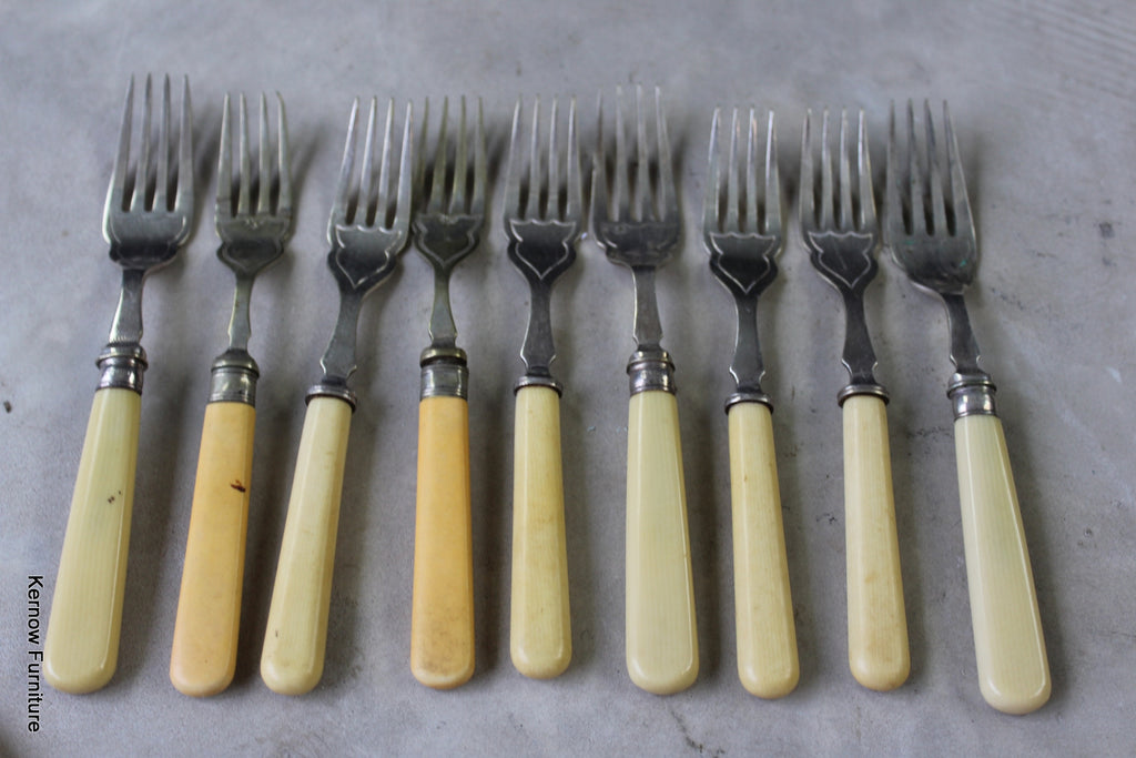 Vintage Fish Knives & Forks - Kernow Furniture