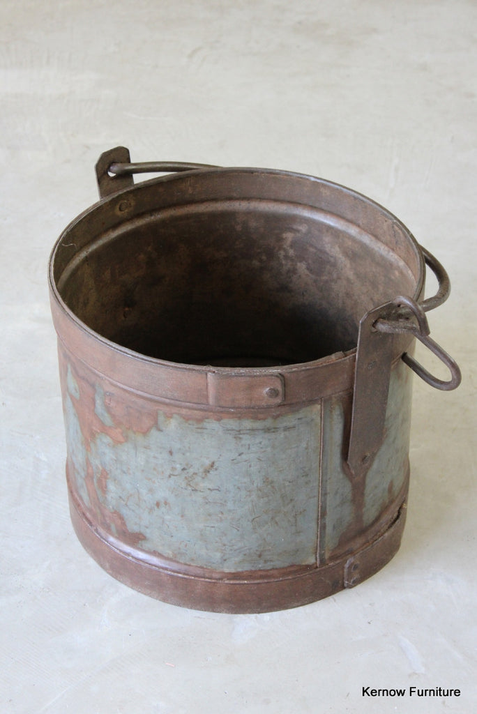Large Rustic Iron Bucket
