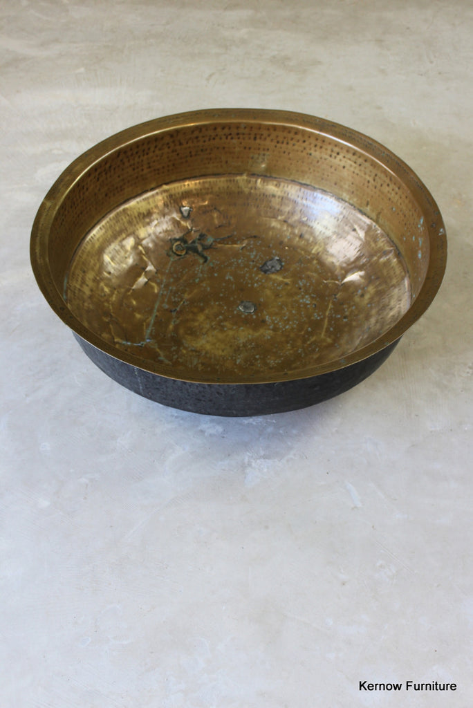 Large Hammered Brass Bowl - Kernow Furniture