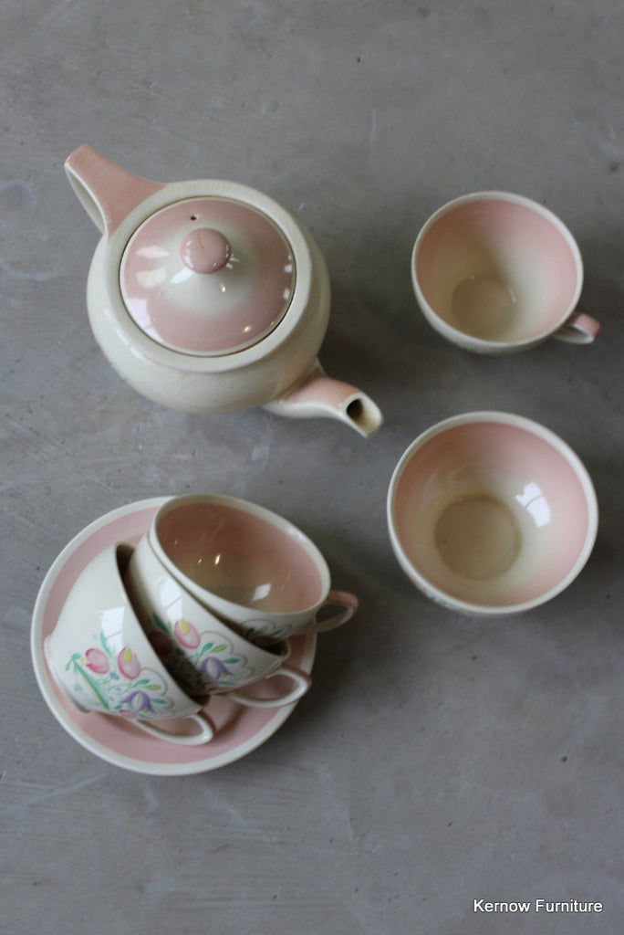 Vintage Burslem Susie Cooper Tea Pot & Cups