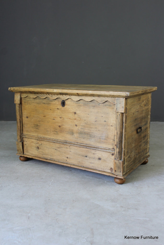 Antique Pine Hinged Lid Box - vintage retro and antique furniture