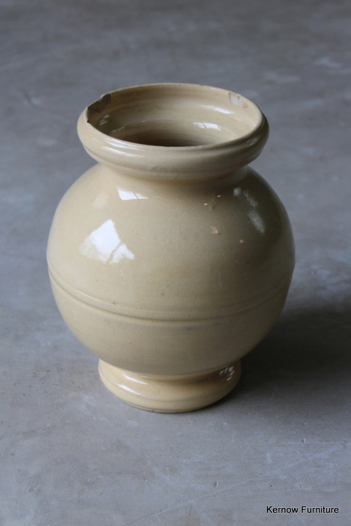 1930s Cream Vase - vintage retro and antique furniture
