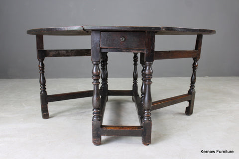 18th Century Oak Gate Leg Dining Table - vintage retro and antique furniture
