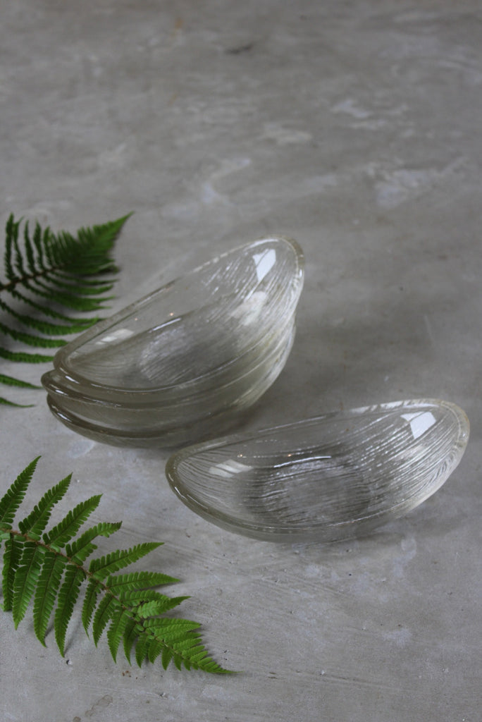 4 Retro Glass Dessert Dishes - Kernow Furniture