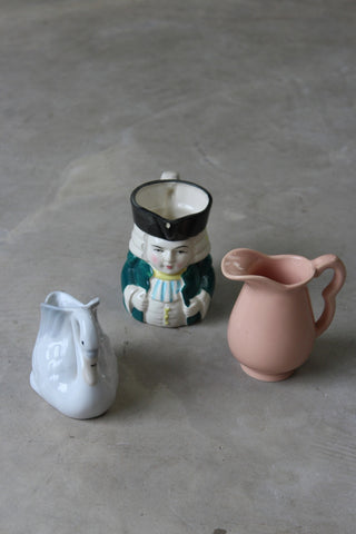 Collection Vintage Kitsch Milk Jugs