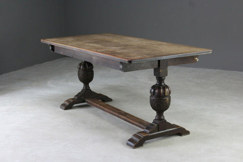 Early 20th Century Jacobean Style Solid Oak Dining Table
