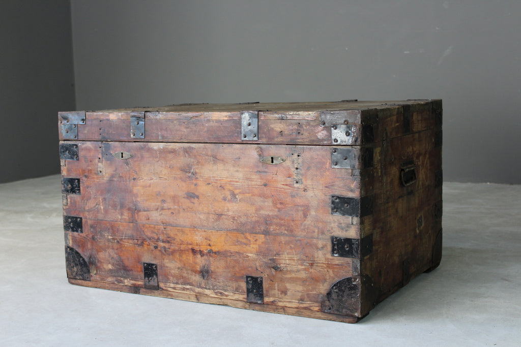 Stained Pine Zinc Lined Trunk - Kernow Furniture