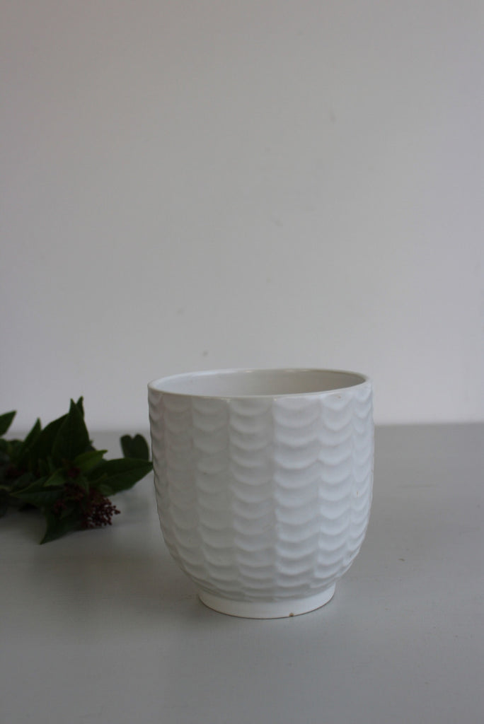 Retro White Plant Pot - Kernow Furniture