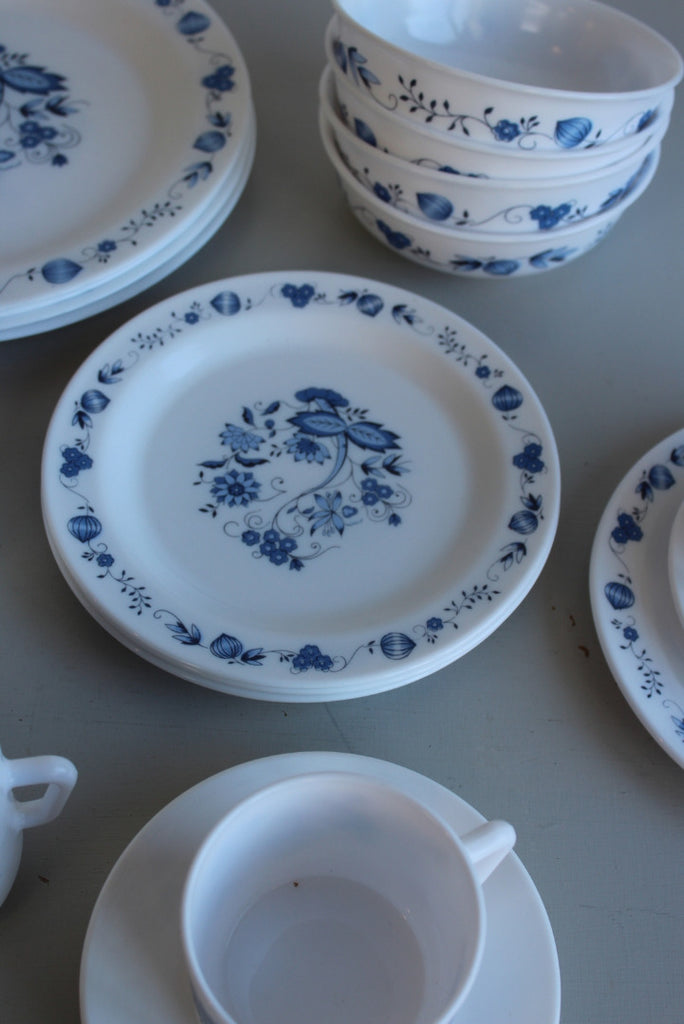 Arcopal France Pyrex Dinner Set - Kernow Furniture