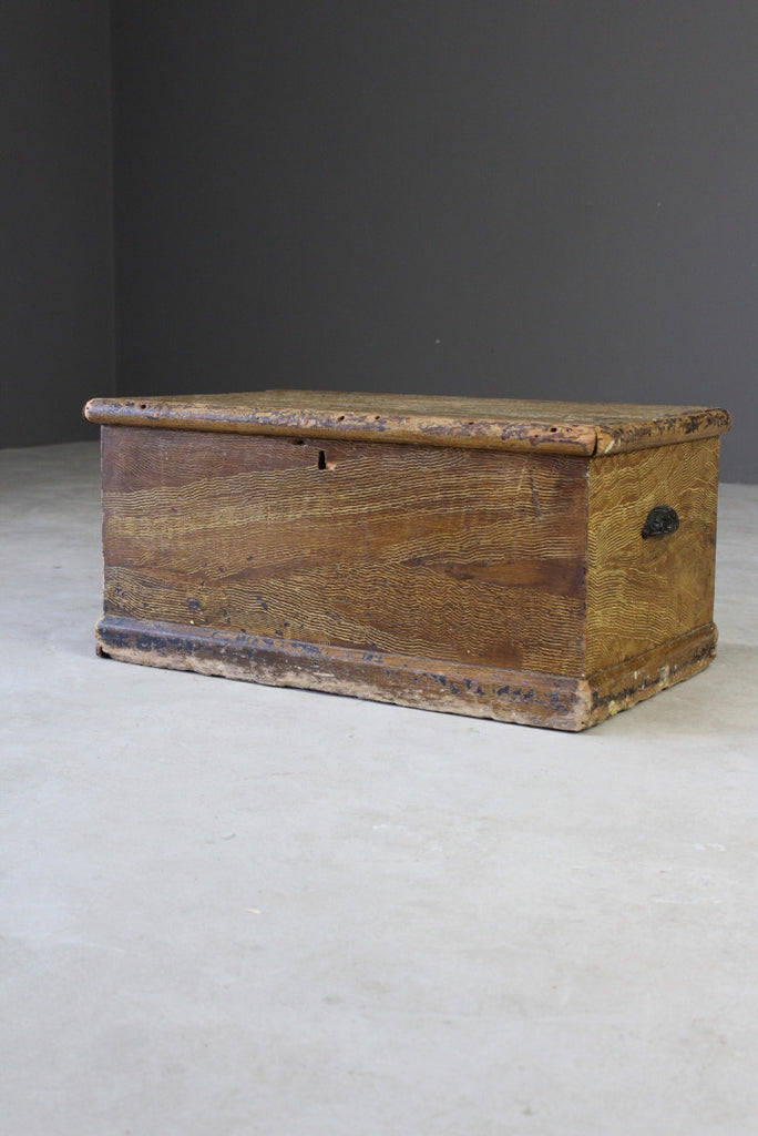 Vintage Grained Pine Box - Kernow Furniture