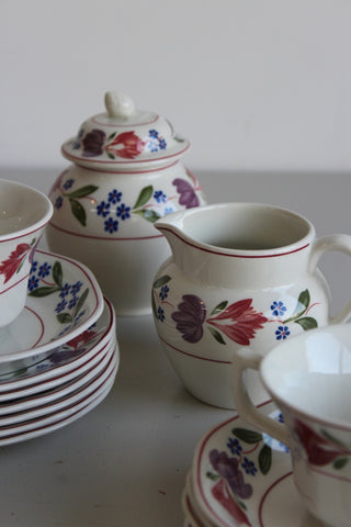 Adams Old Colonial Cups & Saucers