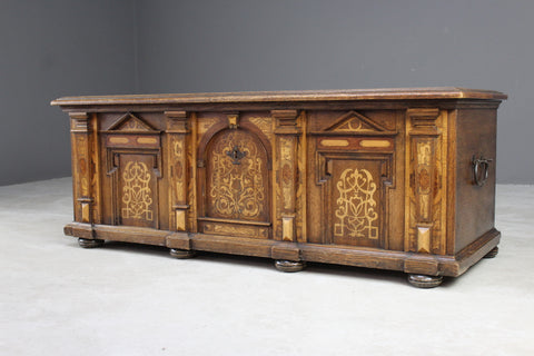 Stunning Continental Marquetry Casonne Chest