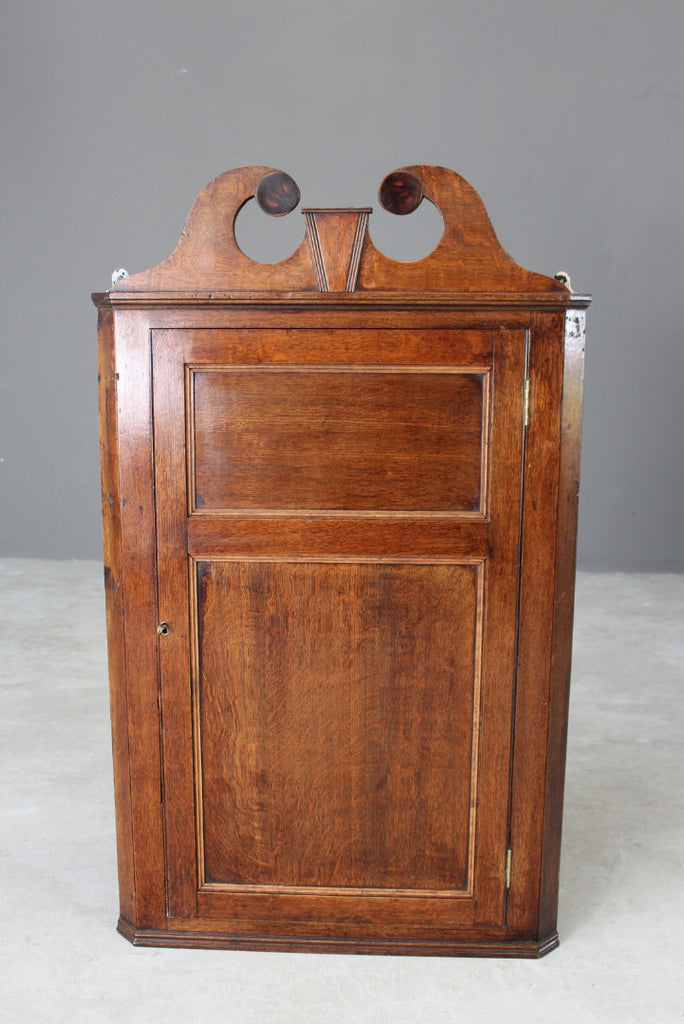 Antique Georgian Oak Hanging Corner Cabinet - Kernow Furniture