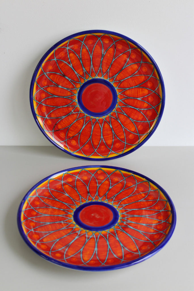 Pair Santo Stefano Large Glazed Pottery Plates - Kernow Furniture