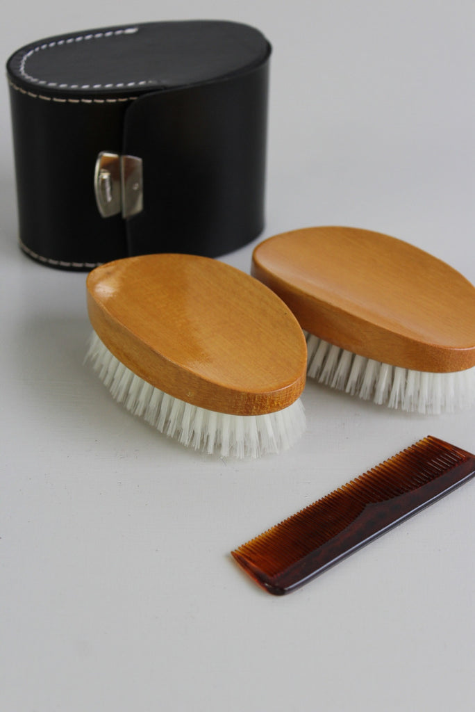 vintage gents grooming set brushes comb