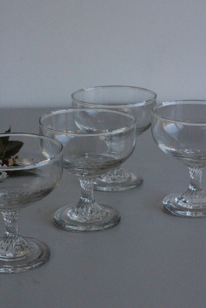 4 Vintage Glass Dessert Bowls - Kernow Furniture