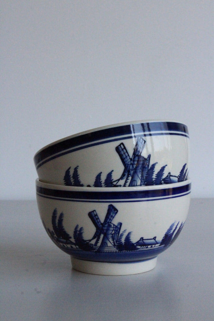 Pair Delft Style Bowls - Kernow Furniture