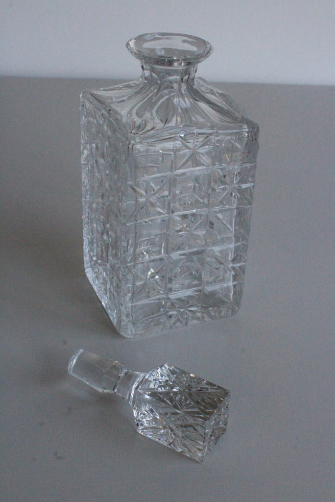 Quality Square Whiskey Decanter - Kernow Furniture