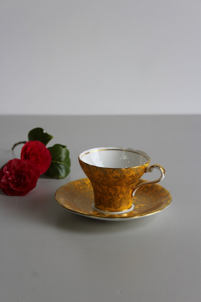 Single Aynsley Yellow & Gold Cup & Saucer - Kernow Furniture