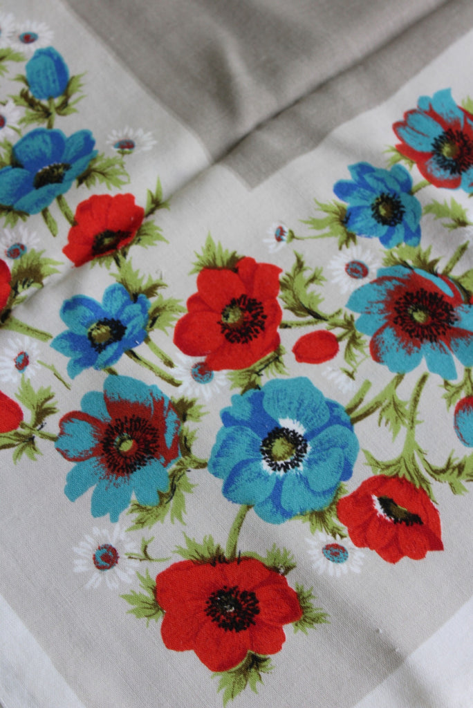 Vintage Rayon Floral Tablecloth - Kernow Furniture