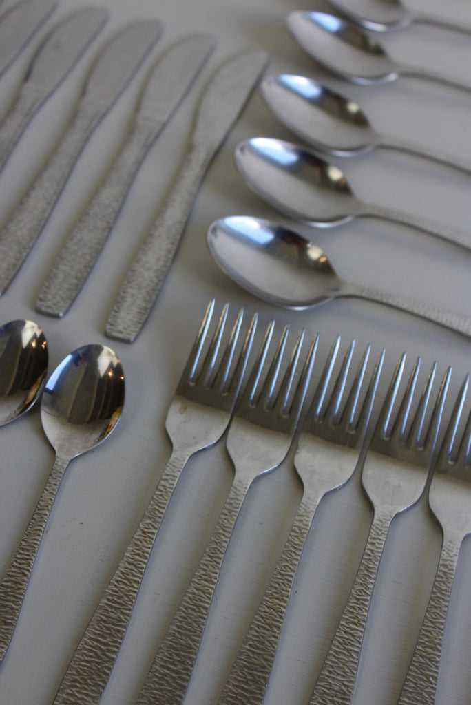 Retro Stainless Steel Cutlery Set - Kernow Furniture