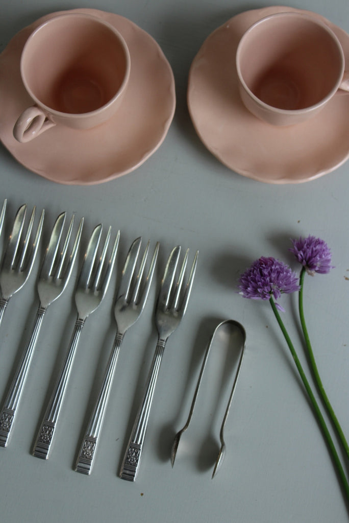 Vintage Pink Coffee Cups & Cake Forks - Kernow Furniture