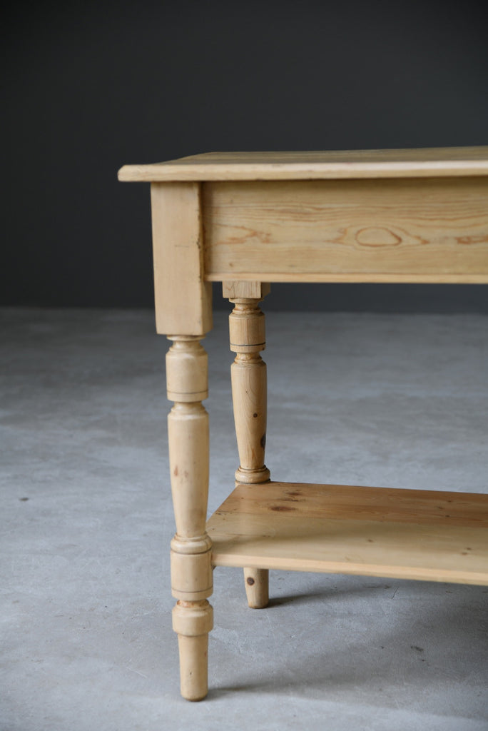 Rustic Pine Side Table - Kernow Furniture