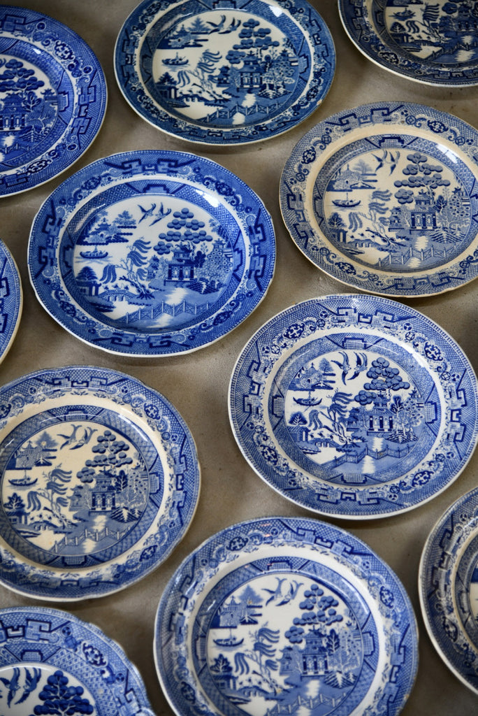 13 Assorted Collection Vintage Willow Plates - Kernow Furniture