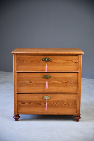 Pine Chest of Drawers - Kernow Furniture