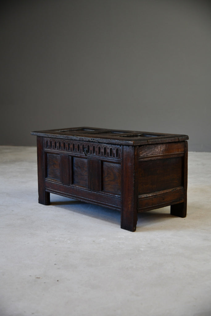 Small Antique 17th Century Oak Coffer Chest Trunk Blanket Box - Kernow Furniture