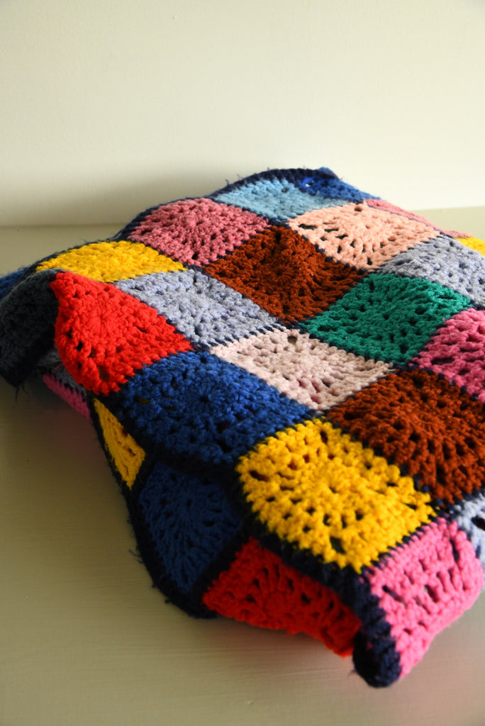 Retro Crochet Bedspread - Kernow Furniture