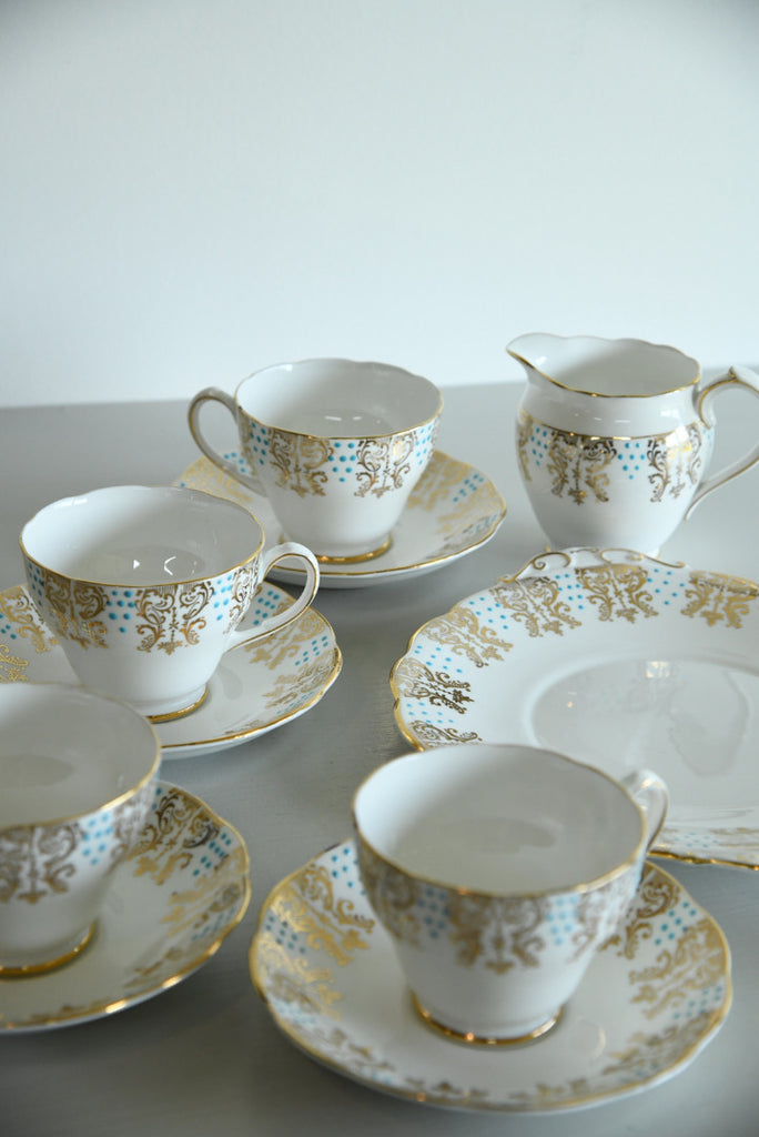 4 Roslyn Bone China Cups Saucers