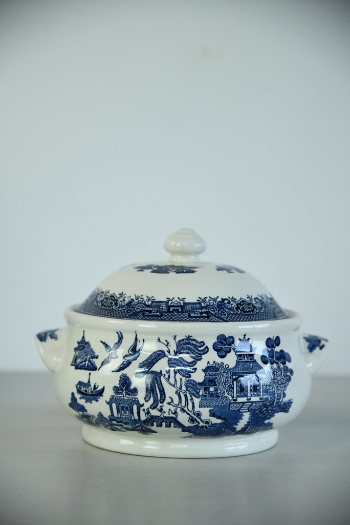 Churchill Willow Vegetable Tureen