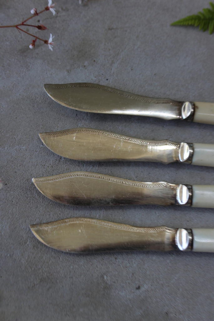 4 Vintage Fish Knives - Kernow Furniture