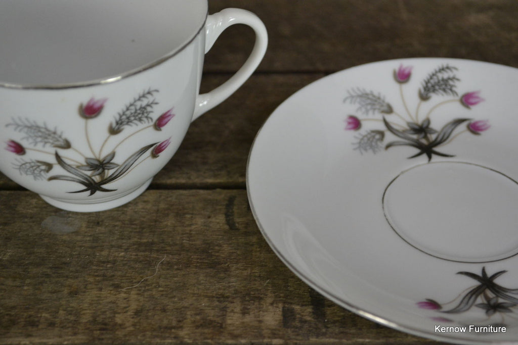 Set 6 Vintage Chinese China Cup & Saucer - Kernow Furniture 100s vintage, retro & antique items in stock