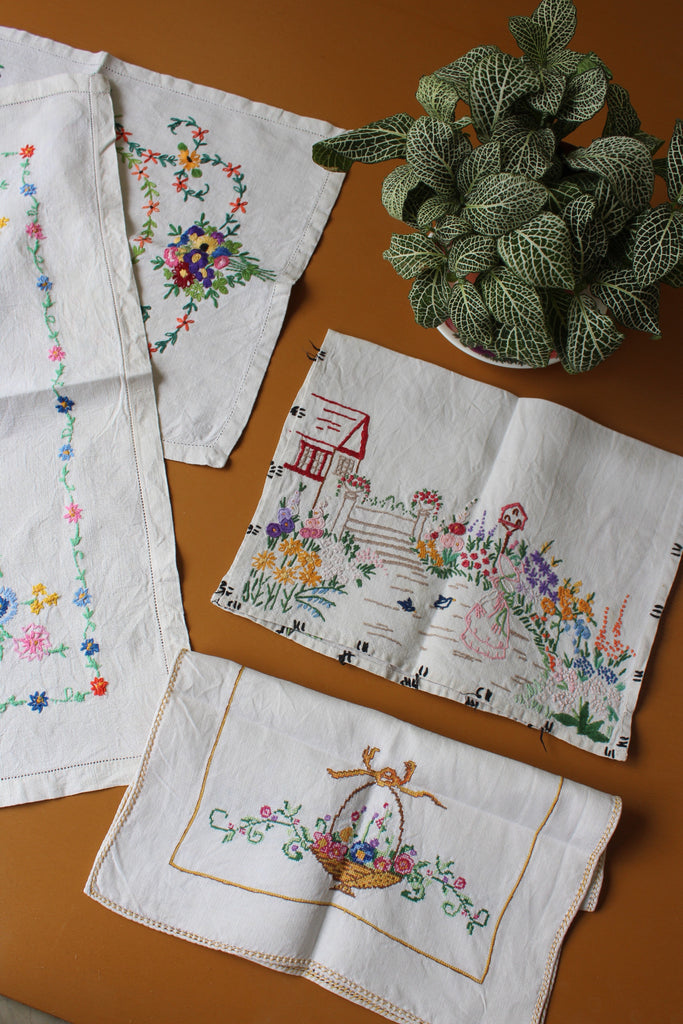 4 Vintage Embroidered Linen Tray Cloths - Kernow Furniture