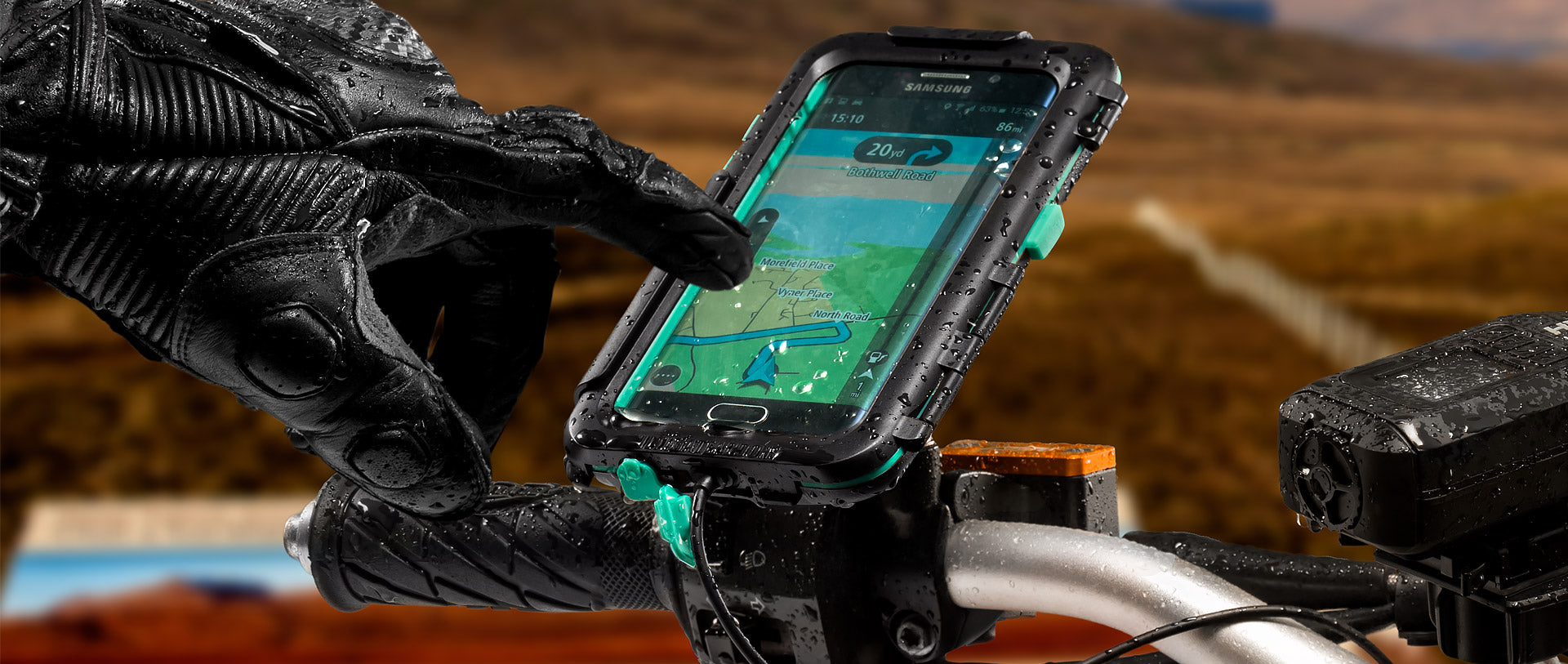 Galaxy S6 Tough Case mounted to motorcycle